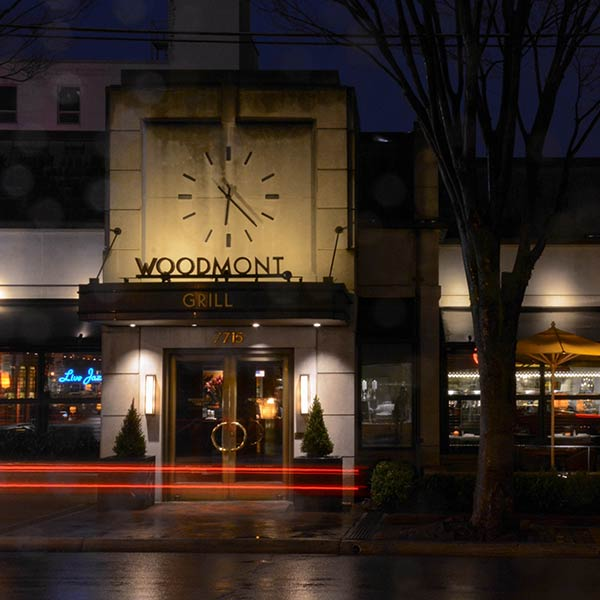 Woodmont Grill entrance